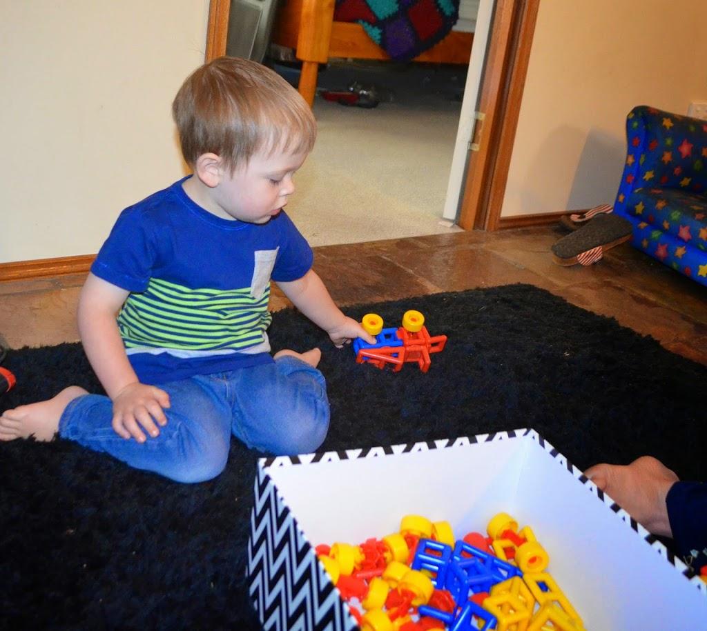 Triplet 3rd birthday present - mobilo